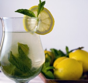 Lemon-mint-drink